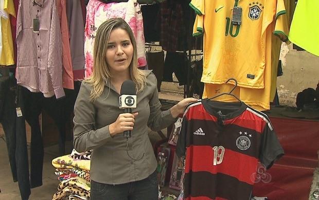 Produtos referentes à Copa devem ficar encalhados nas prateleiras (Foto: Bom Dia Amazônia)