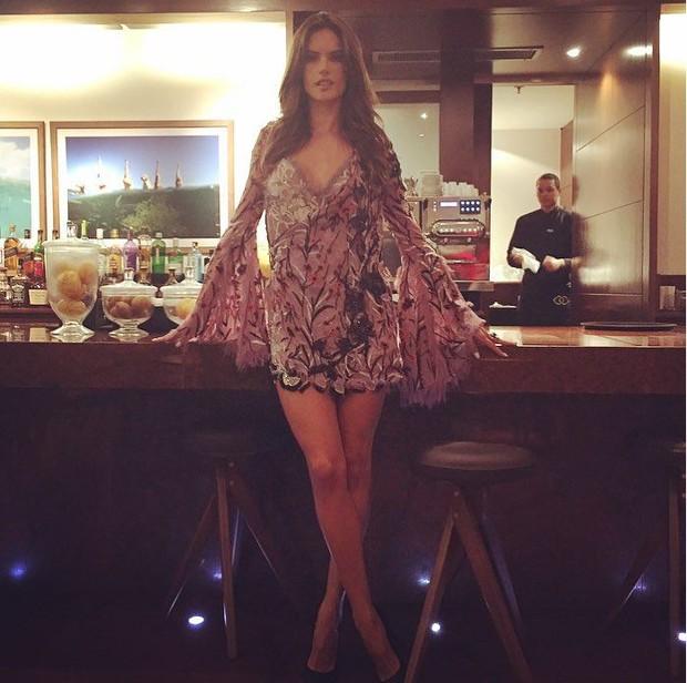 Alessandra Ambrosio (Foto: Instagram / Reprodução)