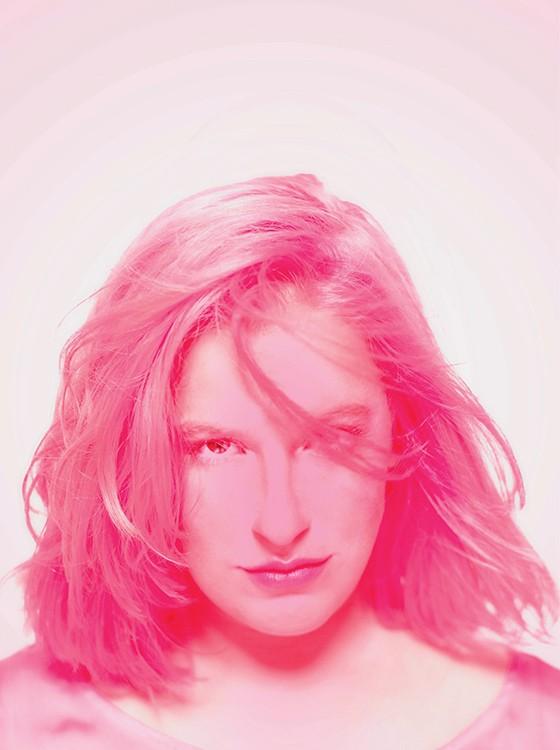 NOVA COR Alice Caymmi, cantora. Ela quer fazer funk autoral e bem-humorado (Foto: Daryan Dornelles)
