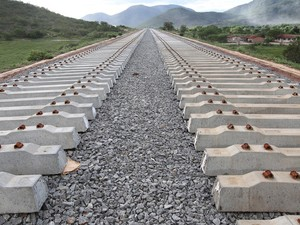 Obras da ferrovia em Jequié (Foto: Alberto Coutinho/GOVBA)