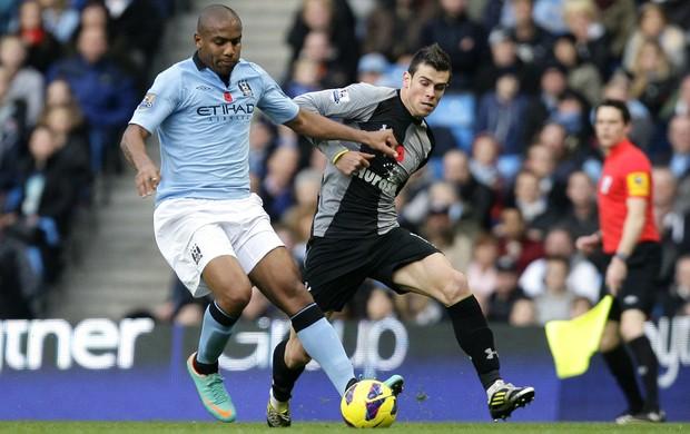 Maicon Manchester City Gareth Bale Tottenham (Foto: AP)