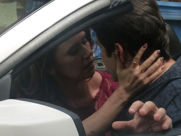 Jonas e Sandra íntimos  (Foto: Geração Brasil / TV Globo)