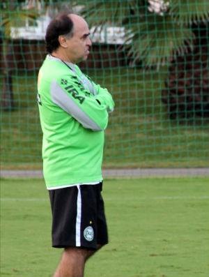 Marcelo Oliveira, técnico do Coritiba (Foto: Marcos Aurélio Garcia / RPCTV)
