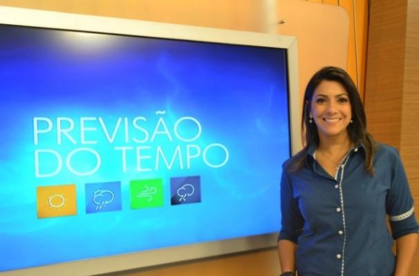 Cris Silva na previsão do tempo (Foto: Divulgação/RBS TV)