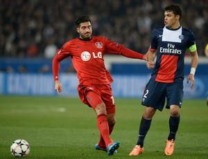 Emre Can e Thiago Silva, PSG x Bayer Leverkusen (Foto: AFP)