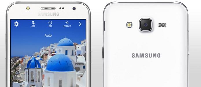 02b756a37 Galaxy J7 vem com flash na câmera frontal para selfies (Foto  Divulgação  Samsung