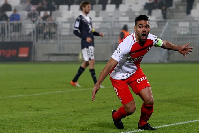 Falcao García comemora gol do Monaco sobre o Bordeaux (Foto: ROMAIN PERROCHEAU / AFP)