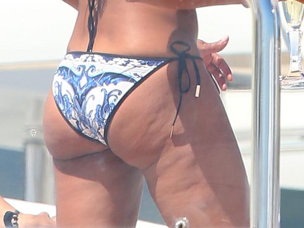 Melanie Brown em Cannes, na França (Foto: Splash News/ Agência)