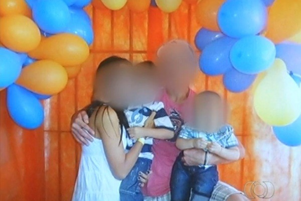 Festa de aniversário em presídio de Rio Verde, Goiás (Foto: Reprodução/ TV Anhanguera)