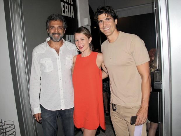 Domingos Montagner, Reynaldo Gianecchini e Mariana Ximenes em estreia de peça na Zona Sul do Rio (Foto: Alex Palarea/ Ag. News)