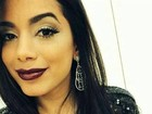 Anitta usa joias avaliadas em 27 mil dólares durante 'Domingão'