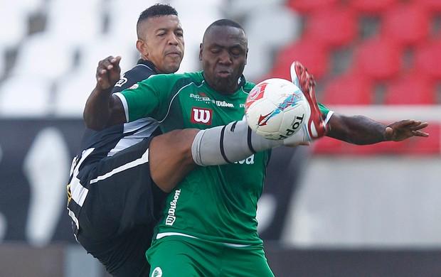 Antonio Carlos e Gilcimar, Botafogo x Boavista (Foto: Wagner Meier/AGIF)