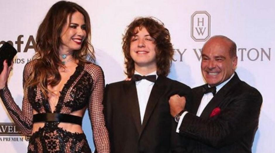 O filho de Mick Jagger e Luciana Gimenez criou uma linha para a marca paulista Mini U.S (Foto: Reprodução Instagram)