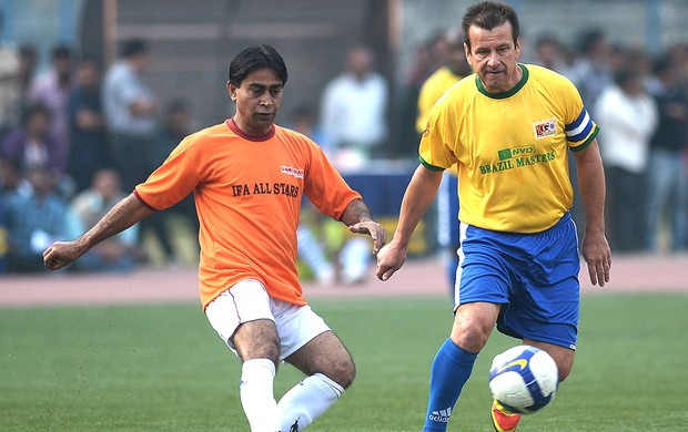 Dunga jogo Brasil Masters Índia  (Foto: AFP)