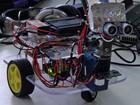 Campuseiro cria robô que ajuda deficiente visual (Priscila Miranda / G1)