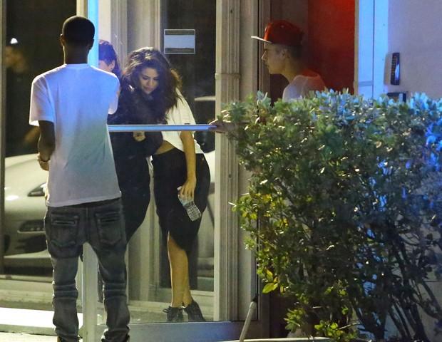 Selena Gomez e Justin Bieber (Foto: Agência Grosby Group)
