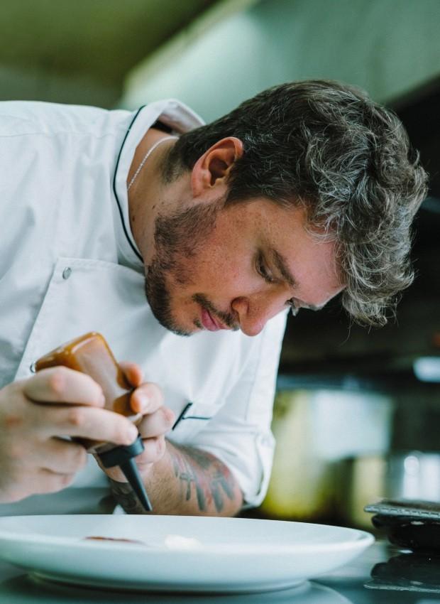 """Novos desafios. No Sympa, a meta de Thiago é investir em uma cozinha mais simples: """"Temos que deixar de ser um restaurante de ocasião para ser um restaurante do dia a dia"""", diz (Foto: Roberto Seba / Editora Globo)"""