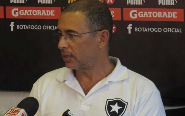 Fisiologista Altamiro Bottino Botafogo (Foto: André Casado / Globoesporte.com)