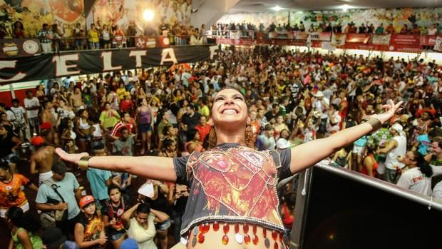 Veja da festa da Mocidade Alegre, bicampeã em São Paulo (Daniel Teixeira/Estadão Conteúdo)