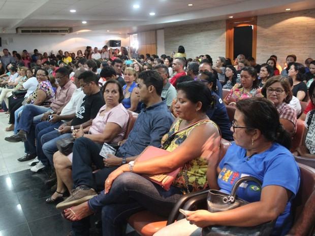 Greve dos professores completa um mês e categoria participa de reunião  (Foto: Fernando Brito/G1)