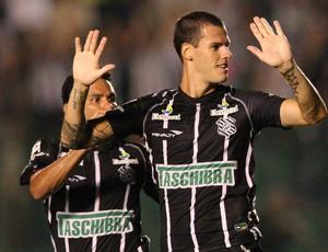 Fred figueirense gol criciuma  (Foto: Cristiano Andujar / Agência Estado)