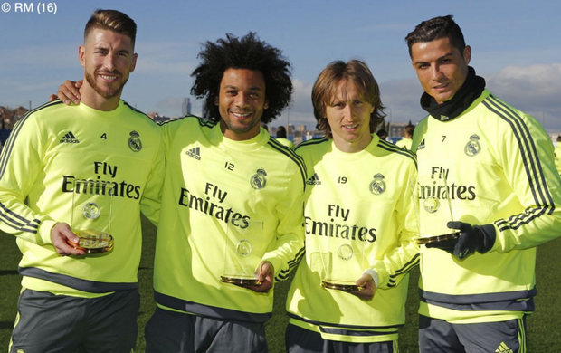 BLOG: Quarteto do Real presente na seleção de 2015 exibe troféus antes de treino