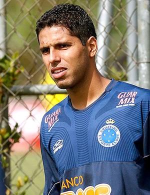 William Magrão no treino do Cruzeiro (Foto: Washington Alves / Vipcomm)