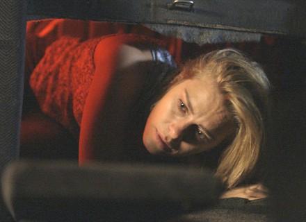 Lara foge de bandido e pede socorro a Dante