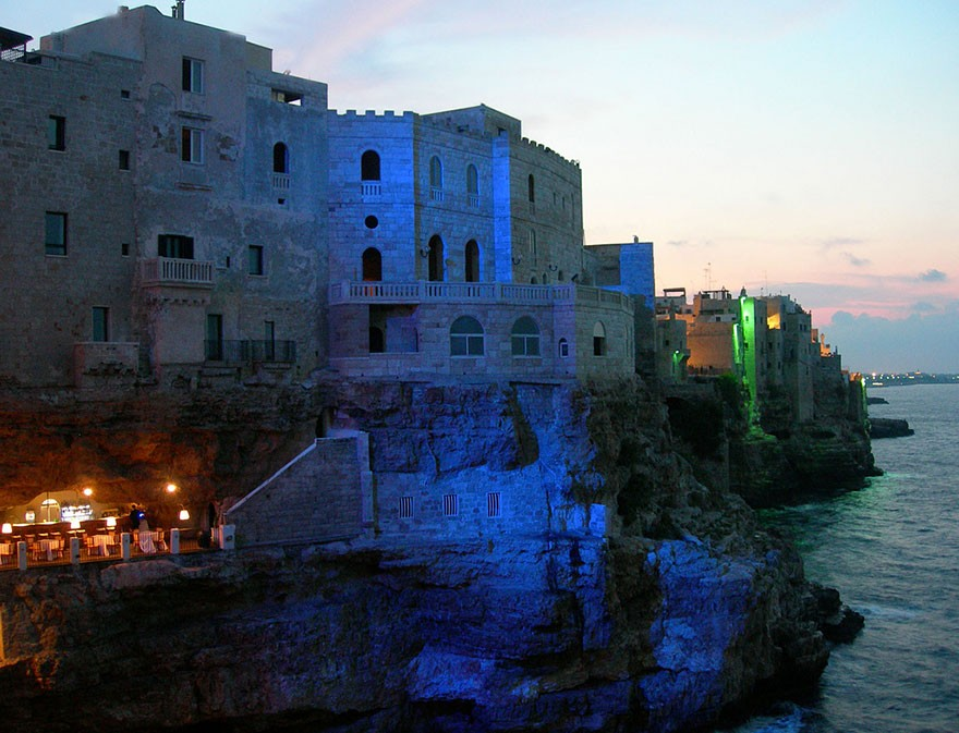Grotta Palazzese 1