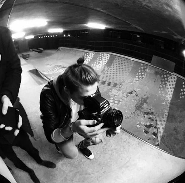 Brooklyn em ação para a Burberry (Foto: Reprodução/Instagram Brooklyn Beckham)