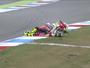 Italiano de 20 anos sofre acidente assustador durante treino da Moto2