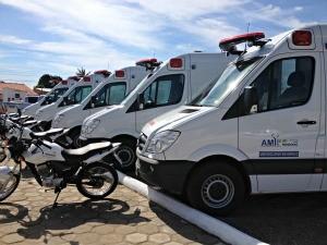 Veículos que serão utilizados na unidade de saúde (Foto: Ivanete Damasceno/G1)