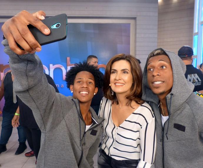 Selfie com os convidados! (Foto: Viviane Figueiredo Neto/Gshow)