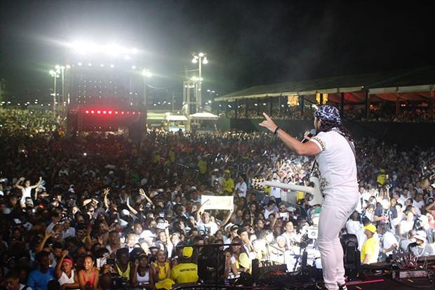 Bell Marques se apresenta no Festival Virada Salvador 2018 (Foto: Ícaro Cerqueira/ Ed. Globo)