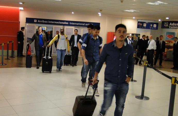 Cruzeiro desembarque Buenos Aires (Foto: Marco Astoni)