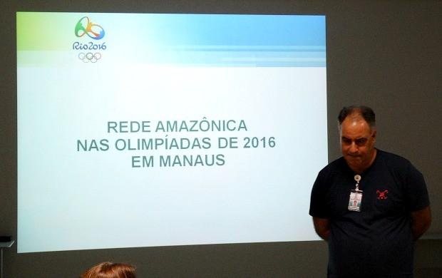 Diretor de jornalismo da Rede Amazônica, Luis Augusto Batista,  cordenou a primeira reunião de cobertura da Olimpíada 2016, em Manaus (Foto: Onofre Martins/Rede Amazônica)