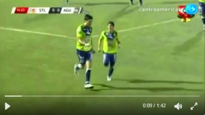 BLOG: Loco Abreu faz hat-trick e deixa Santa Tecla muito perto de final em El Salvador