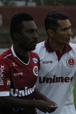 Acerola pode pintar no time titular neste domingo (Foto: Henrique Montovanelli/Desportiva Ferroviária)