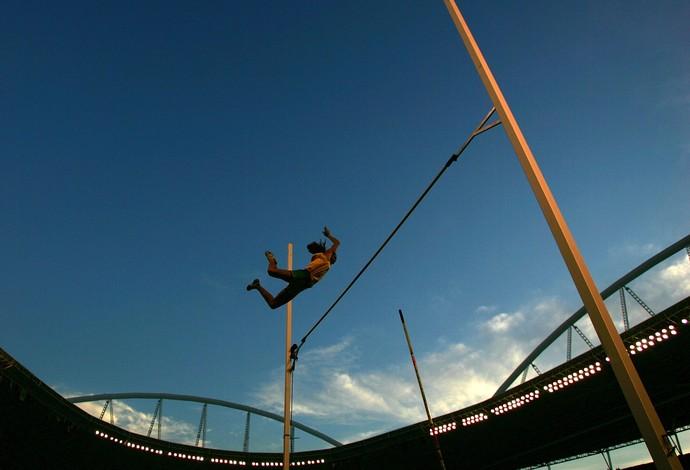 atletismo fabiana murer engenhão 2007 (Foto: Getty Images)