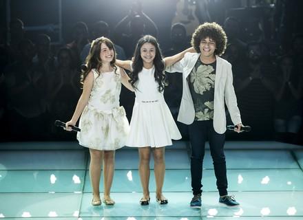 Giulia Soncini, Laura D´Ávila e Luiz Ricardo cantam hit de Ariana Grande e ouvem de Brown: 'Performance única'