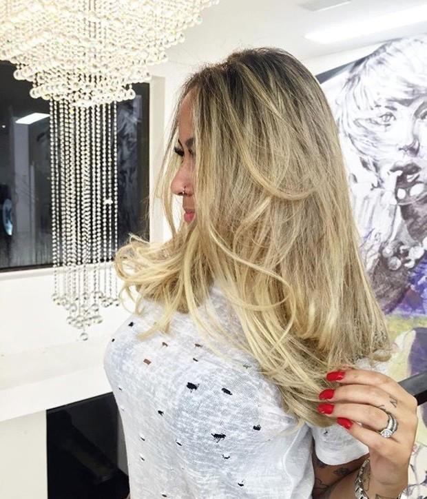 Rafaella Santos mostra novo visual, mais loira (Foto: Divulgação)