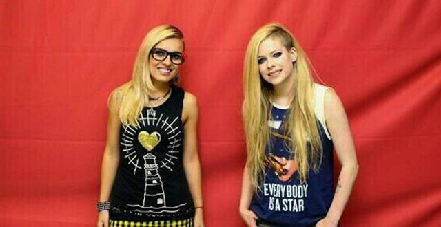 Avril Lavigne causou com fã (Foto: Divulgação)