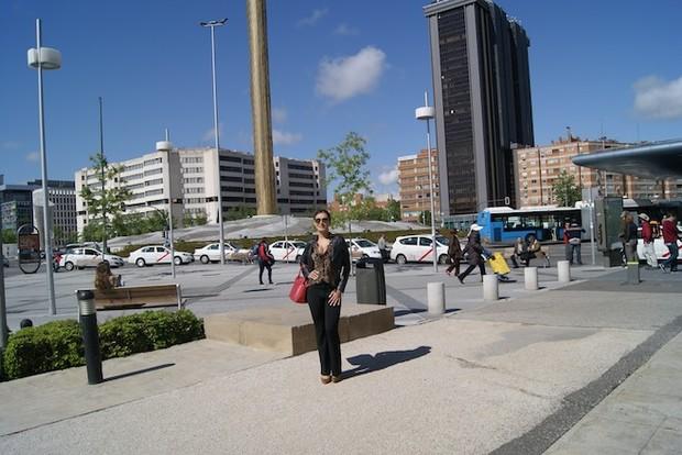 Andressa Urach em Madri (Foto: Divulgação / Plaza Castilla (Madrid) )