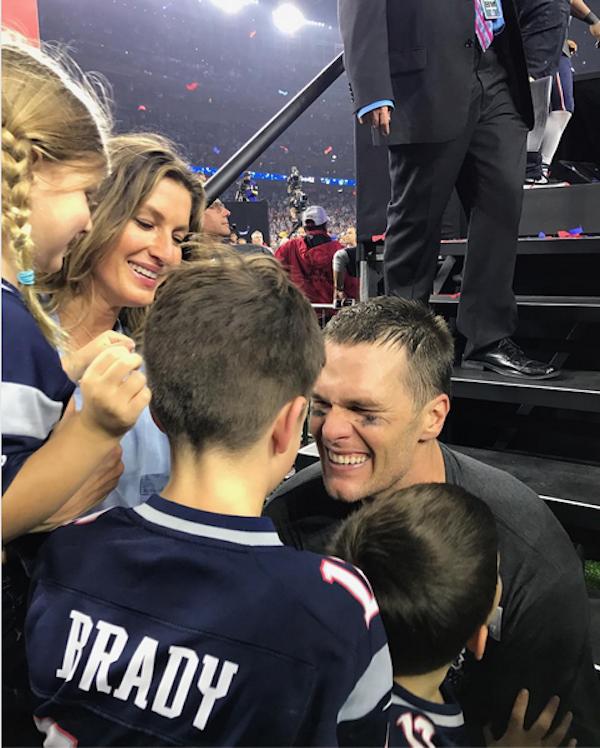 A modelo Gisele Bundchen, seu marido, Tom Brady, e seus filhos (Foto: Instagram)