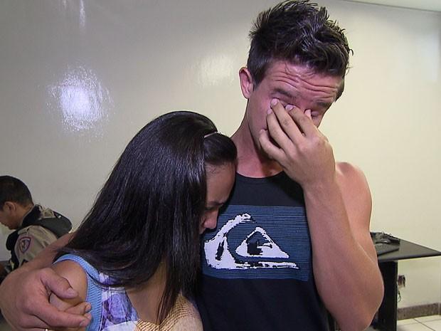 Pais denunciam roubo de bebê no Centro de BH (Foto: Reprodução/TV Globo)