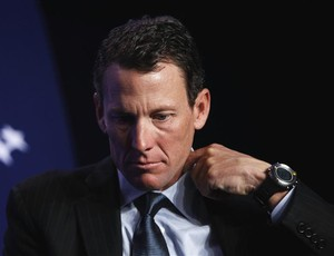 Diretor da Volta da França: 'Títulos de Armstrong não devem ser herdados' (Foto: Reuters)