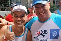 Companheiros perdem juntos 70kg correndo (Igor Christ/EuAtleta)