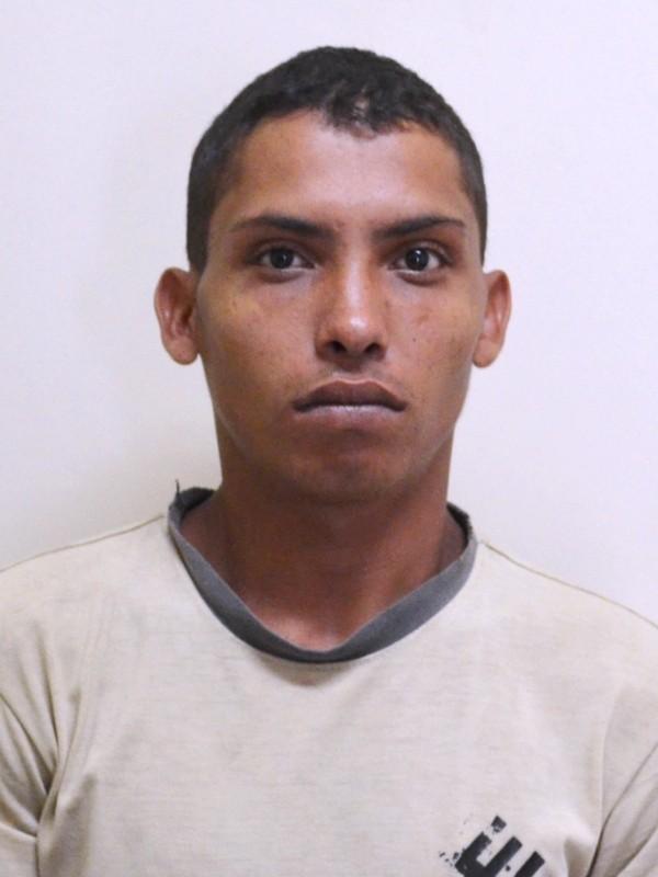 Foragido tentou dar nome falso para despistar a policia, mas não tinha identidade (Foto: Divulgação/ Asscom Policia Civil)