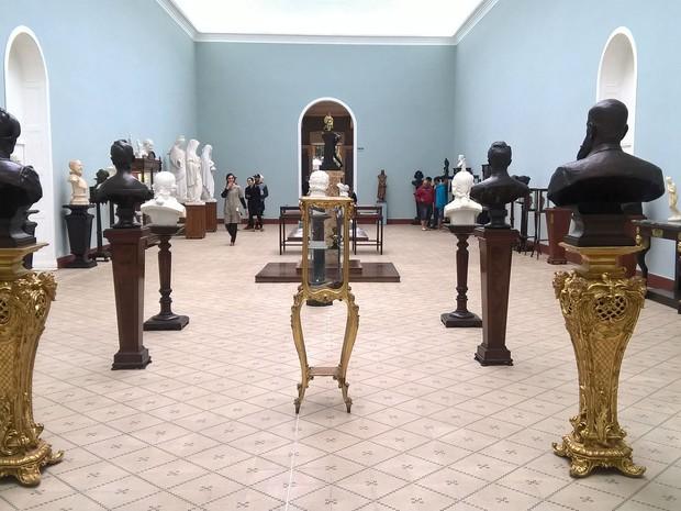 Exposição Esplendor das Formas Museu Mariano Procópio (Foto: Roberta Oliveira/G1)