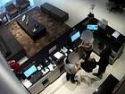 Vídeo mostra criminoso roubando cofre de hotel em Vitória